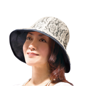 写真:髪型が崩れにくいオシャレなUVレース帽子